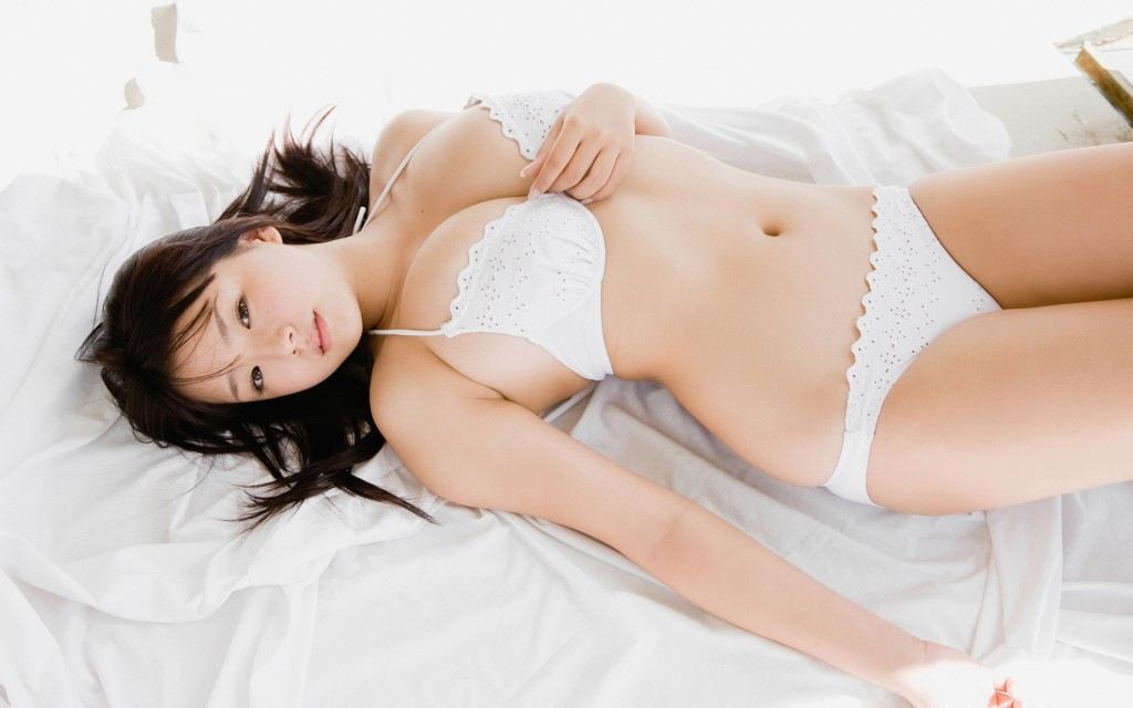 Ai_Shinozaki_wallpaper