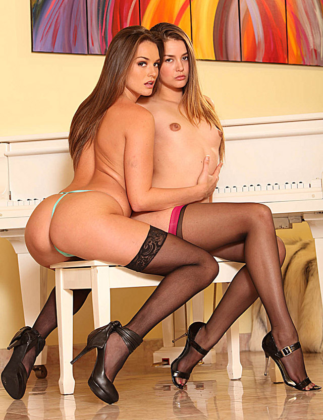 Allie Haze and Tori Black, blog tetonas me gustan
